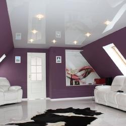 Светлый потолок в гостиную в Гомеле