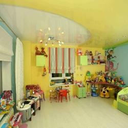 Потолок в детскую с игрушками