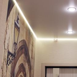 Светлый потолок в прихожую в Гомеле
