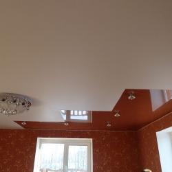 Стильный комбинированный потолок в Гомеле