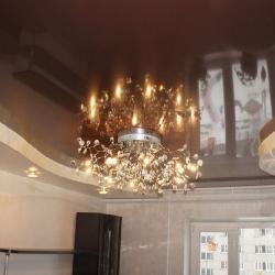 Шоколадный двухуровневый потолок в Гомеле